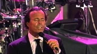 Julio Iglesias Bamboleo [Live In Italy, 2001]