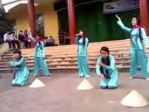 [Cánh đồng tuổi thơ] - 11T1 THPT Nguyễn Thông (2013-2014)