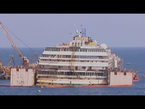 Timelapse video shows first stages of Costa Concordia refloat