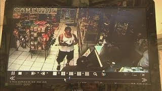 man-tries-to-trade-alligator-for-beer-in-store-video