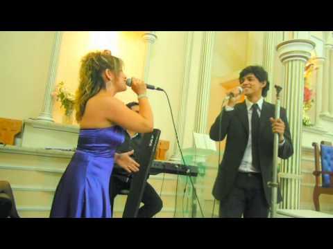 Rique Lessa e  Leidiane  Rocha  cantando (Música: Dia  do  Nosso  Casamento)