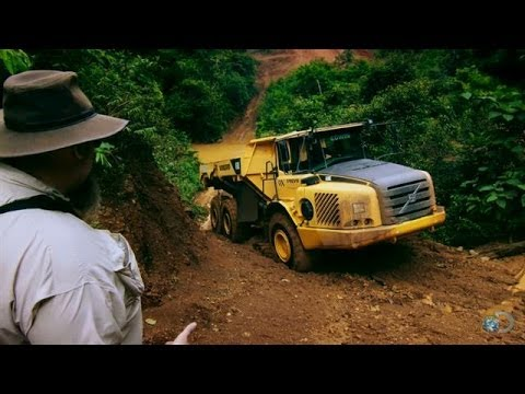 Stuck in Jungle Mud | Gold Rush