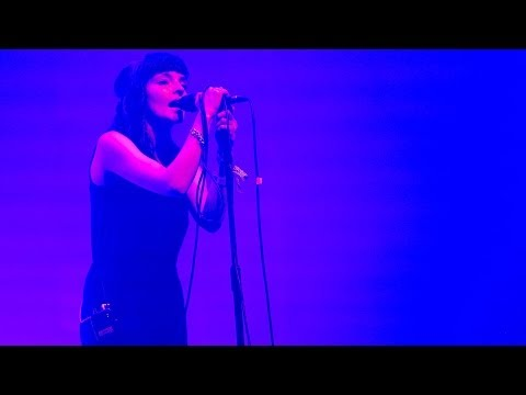 Chvrches - Recover at Glastonbury 2014