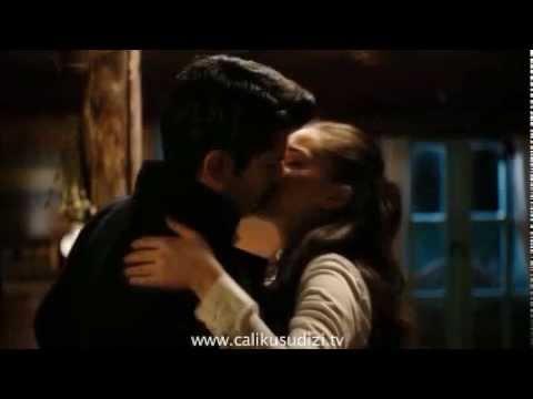 Kamran & Feride Love Scenes ^_^ ♥ .. Mohamed Mounir .. Calikusu
