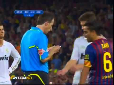 FC Barcelona 3-2 Real Madrid   (Villa slaps Özil)