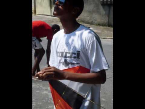 T.B Os Santinhos - Um perdido