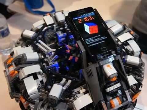 Lego Mindstorm montando Cubo Mágico