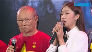 """""""Thánh cover"""" Jin Ju đã nói như vậy với ông Park và U.23 Việt Nam"""