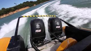 Видео обзор Комплект автопилота Evolution для небольших судов с гидравлическим рулевым управлением включает в себя помпу Тип 0.5, дисплей P70Rs, датчик EV1, блок ACU-100.