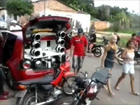 DISPUTA DE SOM EM LAGO DOS RODIRGUES - MA GOLF E CELTA