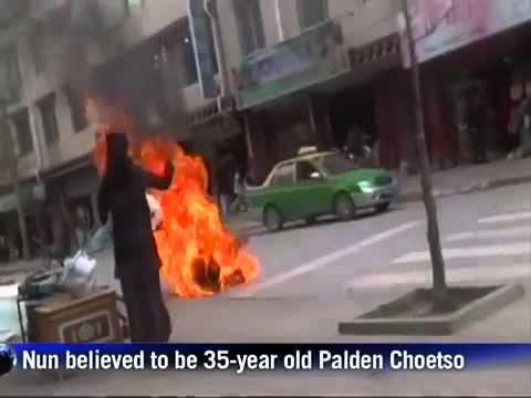 Nữ tu Tây Tạng tự thiêu phàn đối Trung Quốc