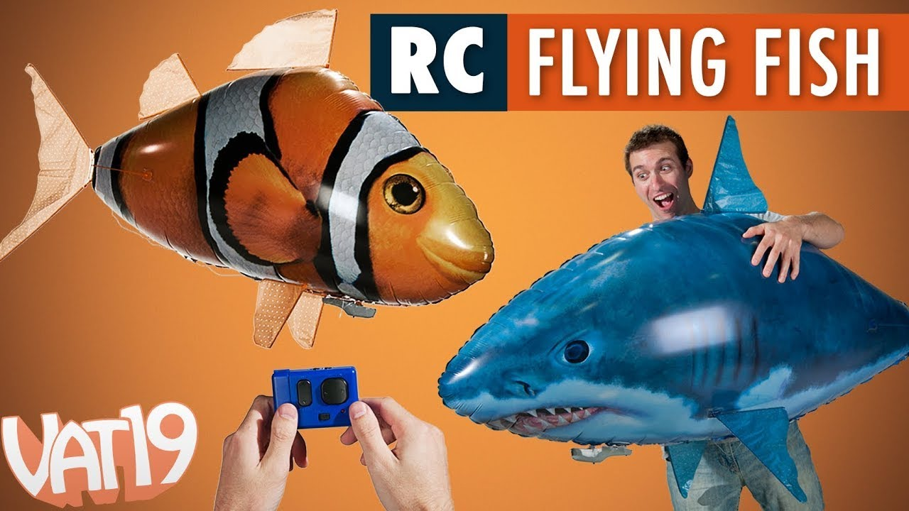Air swimmers remote control flying fish youtube for Flying fish balloon