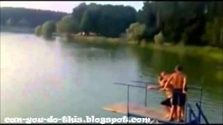 人がロケットのようにブッ飛ぶウォーターブロブ(water blob)