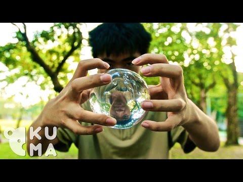 水晶球舞:厲害的肢體動作,讓水晶球像是…