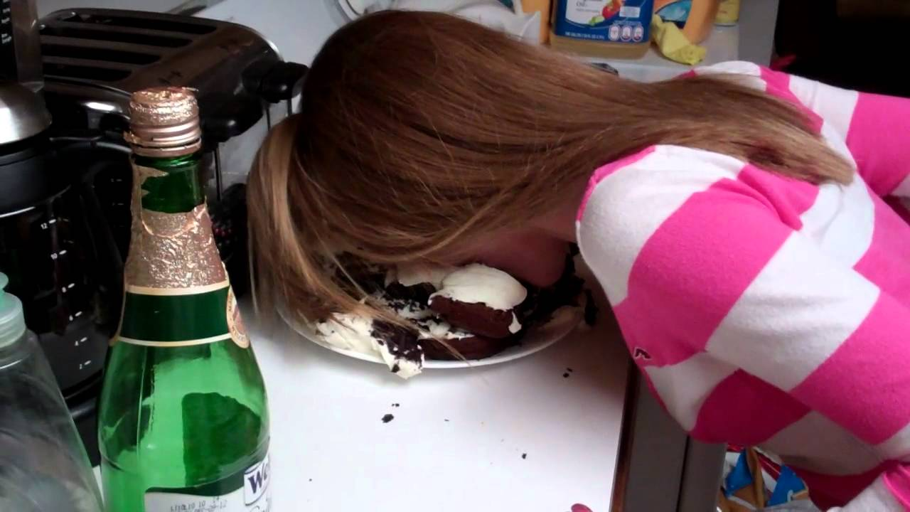 Images Cake In Face : Cake In The Face - YouTube