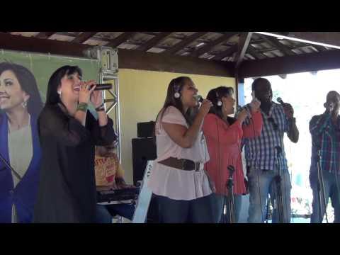 22.11.12 - Eyshila - Geração que dança