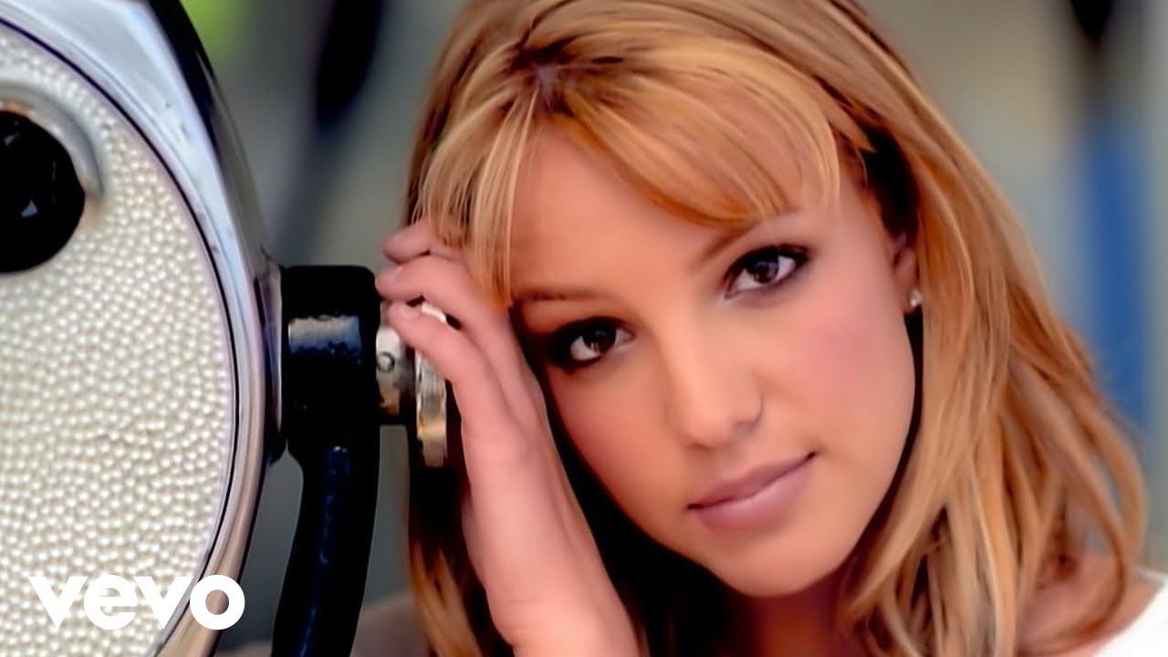 Britney Spears- Sometimes kalo ada yang tau lagu ini Wownya dong