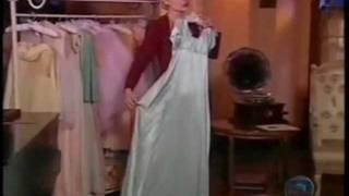 Alma Gêmea - Cristina rasga os vestidos de Luna e apanha de Rafael (Completo) view on youtube.com tube online.