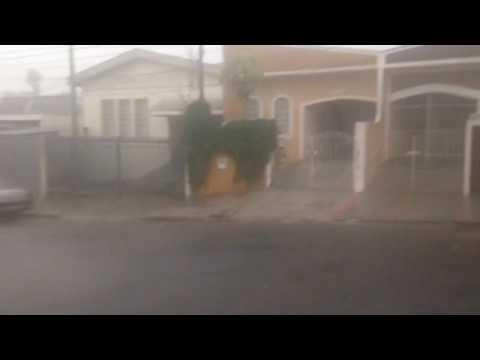 Vídeo Chuva forte atinge São Carlos