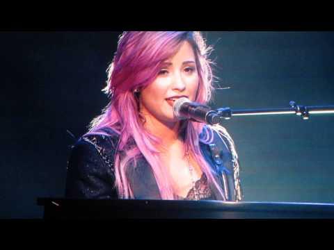 DemI Lovato-