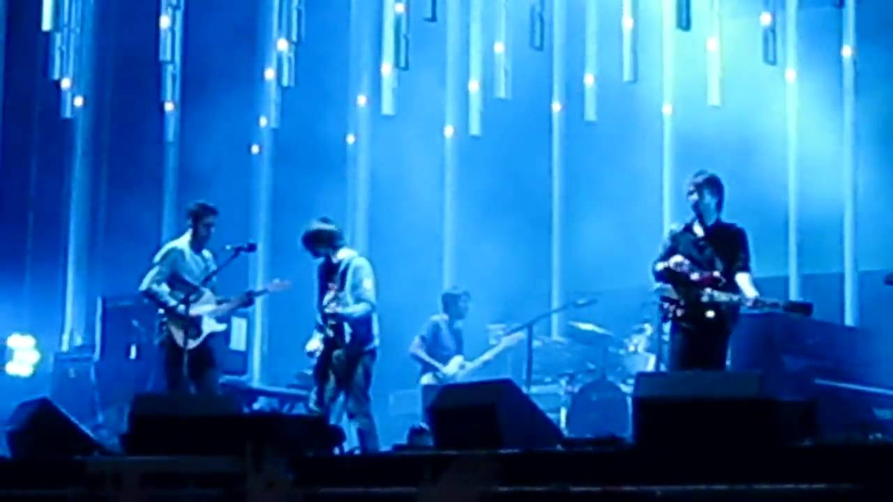 Radiohead - Weird Fishes / Arpeggi (Radiohead Live in ...