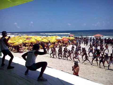 Musica Bum Bum de Martelo foi sucesso no Projeto Verão da Record Bahia com Grupo Remelexxo