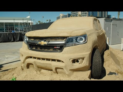 2015 Chevrolet Colorado redefines playing in the sand