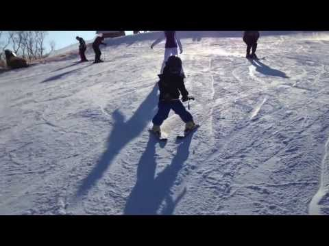 Семен и Антония на лыжах. Водяники 2014