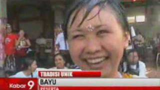 Berita Indonesia Tradisi Ciuman Massal Usai Nyepi Di