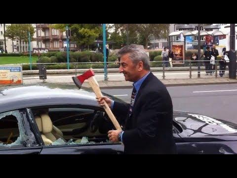 Il détruit sa BMW M6 à coups de hache
