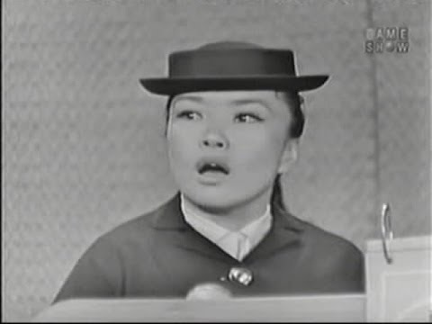 What's My Line? - Franklin Heller; Pat Suzuki; Eamonn Andrews [panel] (May 17, 1959)
