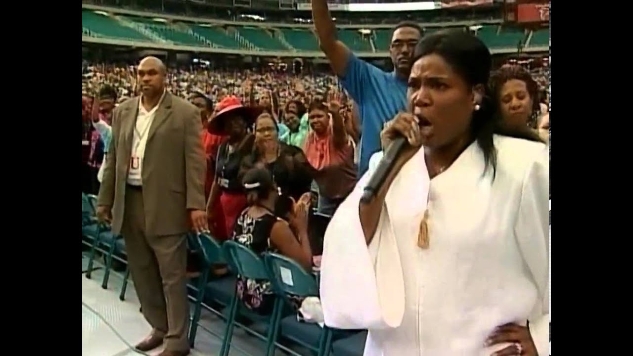 Prophetess Juanita Bynum The Power Of The Glory Cloud 2006 1 - YouTube