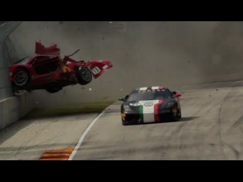 Espectacular accidente en el Ferrari Challenge de EEUU