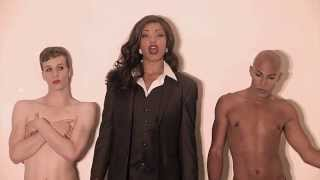 Robin Thicke: Blurred Lines, Sexy Boys Parody