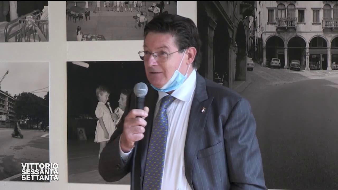 Cerimonia di intitolazione del primo piano di Palazzo Todesco ai fotografi vittoriesi Marino e Marin