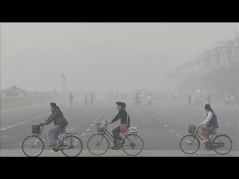 'Airpocalypse' in China: Scenes of Heavy Smog | WSJ Foreign Bureau