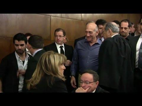 Israël: Ehud Olmert condamné pour corruption