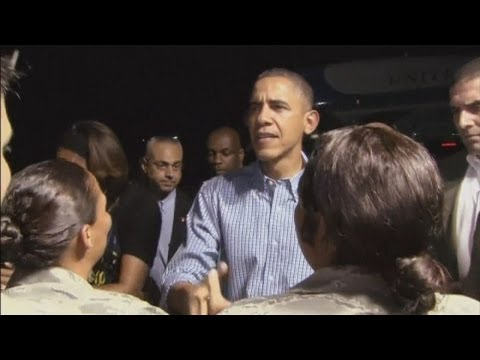 President Barack Obama and family arrive in Hawaii for Chistmas holiday