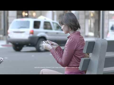 "Samsung ""The Next Big Thing"" ad parodies an iPhone line"