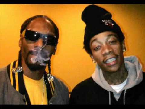 Wiz Khalifa and Snoop Dog feat. Bruno Mars - Young, Wild and Free (HQ)