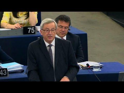 Juncker wins EU endorsement, calls for investment plan