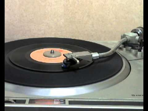 Bee Gees - Nights on Broadway [original 45 version]