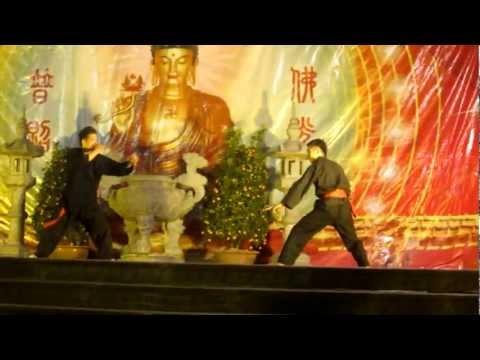 Hội làng chùa Phúc Long - Đánh võ tay đôi