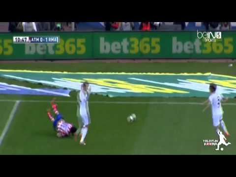 Diego Costa doesn't receive penalty kick