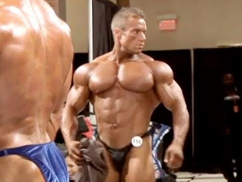 Bodybuilder Seth Feroce Pumps Up