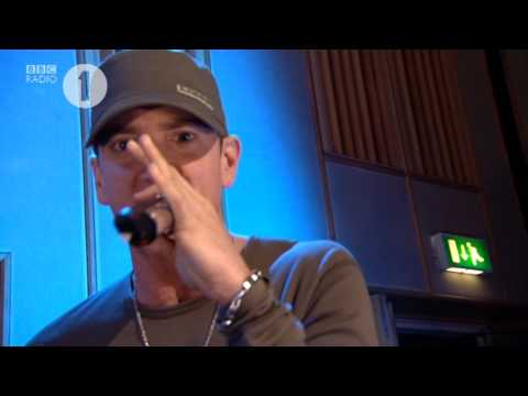 Westwood - Eminem freestyle Radio 1, Live from Radio1 Maida Vale Eminem freestyle ft. Mr Porter, Royce Da 5'9 & Alchemist . Legendry. NOT TO BE MISSED!