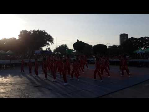 Cheer Dancers of Dadiangas West Central Elem School in Milo Marathon 2016