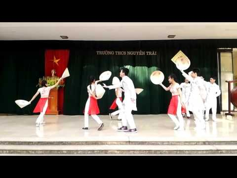 8A2 Chào mừng ngày Nhà giáo Việt Nam