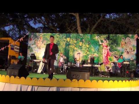 Suong Trang Mien Que Ngoai - To Huan Vu - Blue Wave Band 5-18-13 (Orlando, FL)