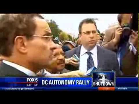 DC Mayor Confronts Harry Reid Over Shutdown